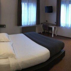 Hotel Chantecler Брюссель комната для гостей фото 4