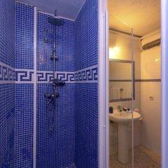Отель Oasis бассейн