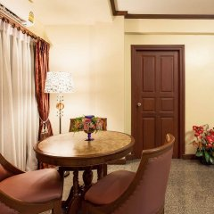 Отель Patumwan House балкон