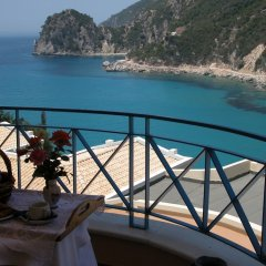 Ithea Suites Hotel балкон