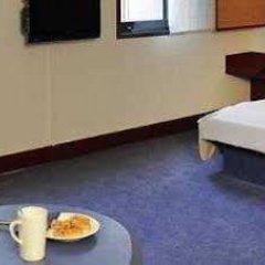 Отель Novotel Suites München Parkstadt Schwabing комната для гостей фото 5