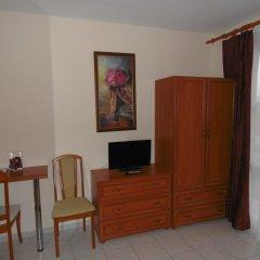 Отель Corona Villa Венгрия, Хевиз - отзывы, цены и фото номеров - забронировать отель Corona Villa онлайн удобства в номере