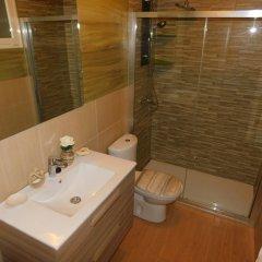 Отель Chabela's B&B Испания, Пахара - отзывы, цены и фото номеров - забронировать отель Chabela's B&B онлайн ванная