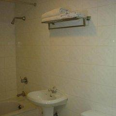 Отель Far East Inn Бангкок ванная