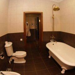 Гостиница Гранд Отель в Оренбурге 2 отзыва об отеле, цены и фото номеров - забронировать гостиницу Гранд Отель онлайн Оренбург ванная фото 2