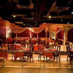 Ramee Royal Hotel гостиничный бар