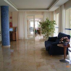 Отель Canyamel Sun Aparthotel Испания, Каньямель - отзывы, цены и фото номеров - забронировать отель Canyamel Sun Aparthotel онлайн интерьер отеля