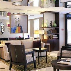 Отель Hôtel Le Sénat гостиничный бар