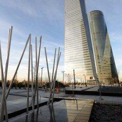 Отель Eurostars Madrid Tower Мадрид приотельная территория фото 2
