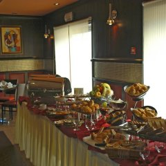 Отель Amerie Suites Hotel Иордания, Амман - отзывы, цены и фото номеров - забронировать отель Amerie Suites Hotel онлайн питание фото 2