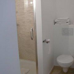 Отель Lambeau Бельгия, Брюссель - отзывы, цены и фото номеров - забронировать отель Lambeau онлайн ванная