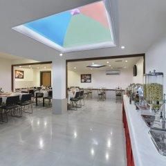 Отель Regale Inn Индия, Нью-Дели - отзывы, цены и фото номеров - забронировать отель Regale Inn онлайн питание фото 2