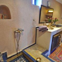 Отель Riad Adarissa Марокко, Фес - отзывы, цены и фото номеров - забронировать отель Riad Adarissa онлайн удобства в номере фото 2