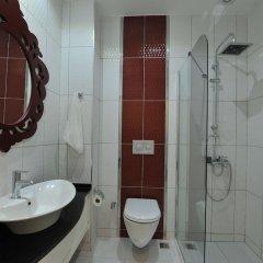 Majestic Hotel Турция, Олудениз - 5 отзывов об отеле, цены и фото номеров - забронировать отель Majestic Hotel онлайн ванная