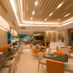Отель Cnc Residence Бангкок гостиничный бар