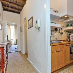 Апартаменты Trevi Stylish Apartment Рим в номере