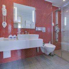 Гостиница Park Inn by Radisson Poliarnie Zori, Murmansk ванная фото 2