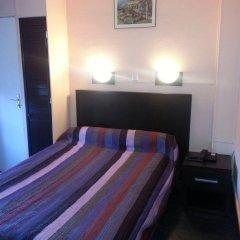 Отель Trianon Франция, Винсеннес - отзывы, цены и фото номеров - забронировать отель Trianon онлайн комната для гостей фото 4