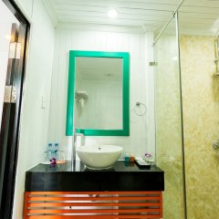 Отель L'Azalée Cruises ванная