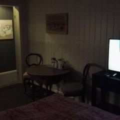 Отель Bed and Waffles интерьер отеля фото 2