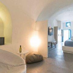 Отель Euphoria Suites Греция, Остров Санторини - отзывы, цены и фото номеров - забронировать отель Euphoria Suites онлайн сейф в номере