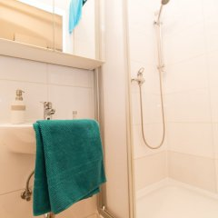 Апартаменты CheckVienna – Apartment Haberlgasse ванная фото 2