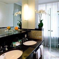 Отель Schweizerhof Zürich ванная фото 2