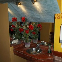 Отель Hostal Barnes Испания, Санта-Кристина-де-Аро - отзывы, цены и фото номеров - забронировать отель Hostal Barnes онлайн бассейн