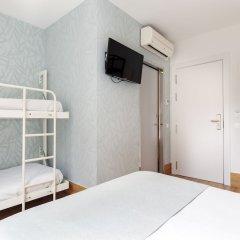 Отель Hostal Fernando Испания, Барселона - отзывы, цены и фото номеров - забронировать отель Hostal Fernando онлайн сейф в номере