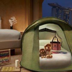 Отель The Ritz-Carlton, Millenia Singapore удобства в номере