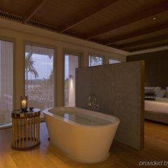 Отель Amatara Wellness Resort Таиланд, Пхукет - отзывы, цены и фото номеров - забронировать отель Amatara Wellness Resort онлайн ванная фото 2