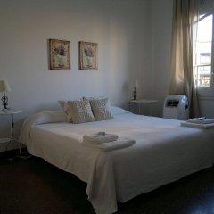 Гостевой Дом Allys Барселона комната для гостей фото 3