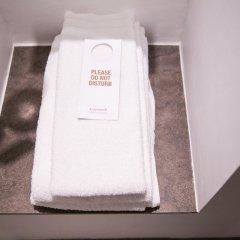 Отель Comwell Hvide Hus Aalborg Дания, Алборг - отзывы, цены и фото номеров - забронировать отель Comwell Hvide Hus Aalborg онлайн ванная фото 2