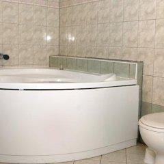 Отель Pension Groll Чехия, Пльзень - отзывы, цены и фото номеров - забронировать отель Pension Groll онлайн ванная