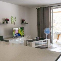 Отель Appartement Hani-Tea Фааа комната для гостей