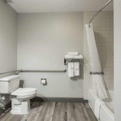 Отель Clarion Inn Chattanooga США, Чаттануга - отзывы, цены и фото номеров - забронировать отель Clarion Inn Chattanooga онлайн ванная фото 2