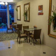 Отель Chitra Suites интерьер отеля фото 3