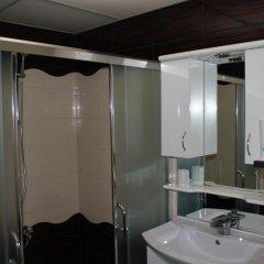 Отель Tihiat Kut Complex Кюстендил ванная