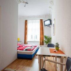 Отель Space School & Online Hotel Германия, Лейпциг - отзывы, цены и фото номеров - забронировать отель Space School & Online Hotel онлайн комната для гостей фото 2