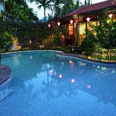 Отель Botanic Garden Villas бассейн