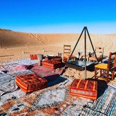 Отель Sahara Royal Camp Марокко, Мерзуга - отзывы, цены и фото номеров - забронировать отель Sahara Royal Camp онлайн пляж