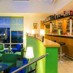 Hotel am Terrassenufer гостиничный бар