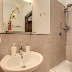 Отель M&L Apartment - case vacanze a Roma Италия, Рим - 1 отзыв об отеле, цены и фото номеров - забронировать отель M&L Apartment - case vacanze a Roma онлайн ванная фото 2