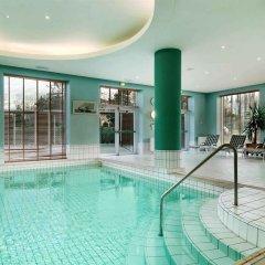 Отель Hilton Sofia Болгария, София - отзывы, цены и фото номеров - забронировать отель Hilton Sofia онлайн бассейн