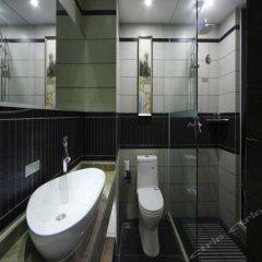 Отель Luminous Jade Hotel Китай, Сямынь - отзывы, цены и фото номеров - забронировать отель Luminous Jade Hotel онлайн ванная фото 2