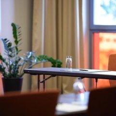 Отель Intercityhotel Brandenburg Airport Шёнефельд интерьер отеля фото 3