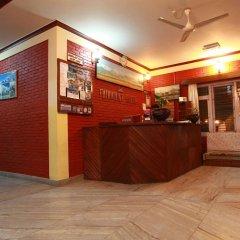 Отель Fairmount Hotel Непал, Покхара - отзывы, цены и фото номеров - забронировать отель Fairmount Hotel онлайн интерьер отеля фото 3