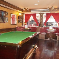 Отель Queen Victoria Inn. гостиничный бар