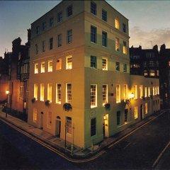 Отель Roof Garden Rooms Лондон вид на фасад