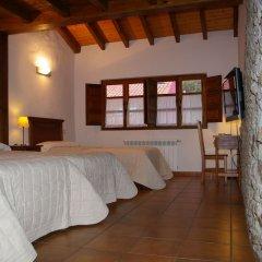 Отель El Juacu сейф в номере